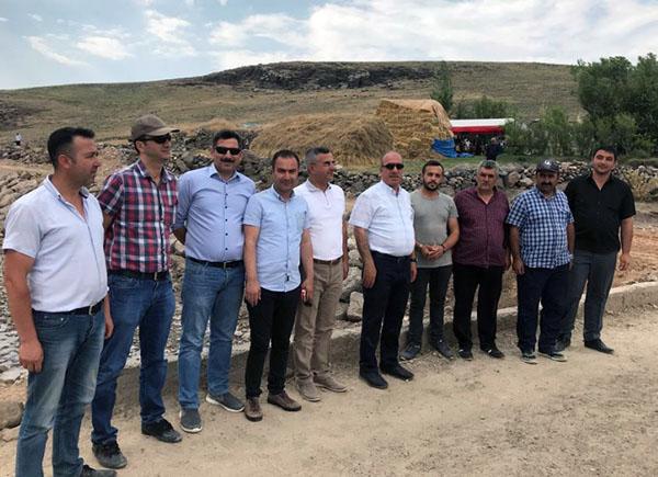 DSİ heyeti, Digor Şenol köyünde dere ıslah çalışmalarını inceledi