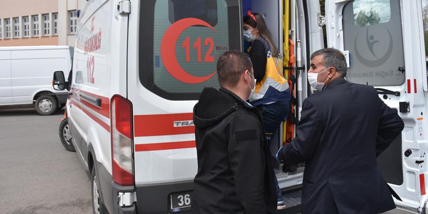 Rahatsızlanan vatandaşa polis yardım etti