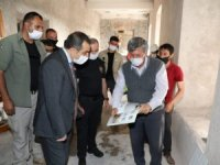 Vali Öksüz Polis Evi restorasyon çalışmasını inceledi