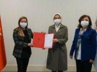 Zelal Sara, AK Parti Kars Kadın Kolları Başkanlığına getirildi