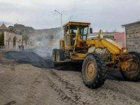 Kars Belediyesi yol çalışmalarını sürdürüyor