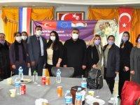 Susuz'da 'Kız ve Erkek Çocuklar Cinsiyet Temelli Şiddete Karşı'