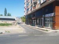 Kars'ta, bitişik iki cadde arası 2 kilometre