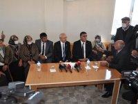 Kılıçdaroğlu, Kars'ta tüm kesimlerin sorunlarını dinledi