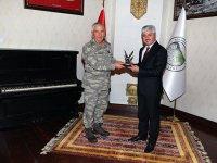 9. Kolordu Komutanı Tümgeneral Tarakçı'dan Vali Doğan'a ziyaret