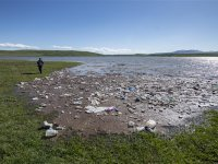Kars Baraj Gölü çöp istilasında
