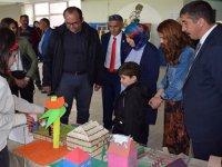 """Susuz'da, Şehit Öğretmen anısına """"Sergi ve müzik sınıfı"""" açıldı"""