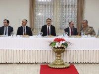 Vali Türker Öksüz, Milli Eğitim camiasıyla iftarda buluştu