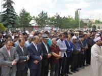 Kars'ta Muhammed Mursi için gıyabi cenaze namazı kılındı
