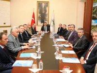 Vali Öksüz, 'Üniversite Güvenlik ve Koordinasyon Toplantısı'na başkanlık etti.
