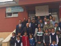 Türkiye-Ermenistan sınırında Mehmetçiğe moral ve destek kermesi