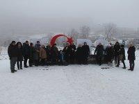 """""""Kars"""" yazısına yerli ve yabancı turistlerin ilgisi"""