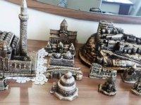 Ölçeklendirilmiş biblolar Kars'ı tanıtıyor