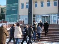 Kars'ta yüzlerce bandrolsüz kitap toplandı