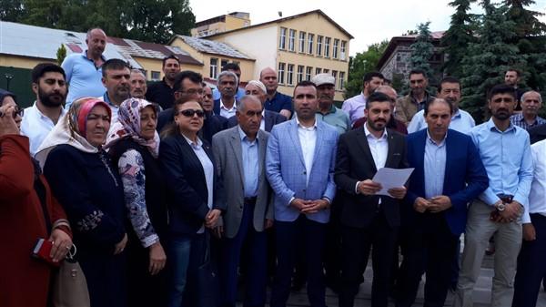 """ak-parti-""""mursî'nin-ozgurluk-ve-adalet-hasretiyle-hakk'a-yurudu""""-(2).jpg"""