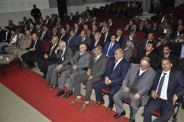"albay-kilic-uyardi-""afgan-cobanlari-karakola-bildirin!""-(1).jpg"