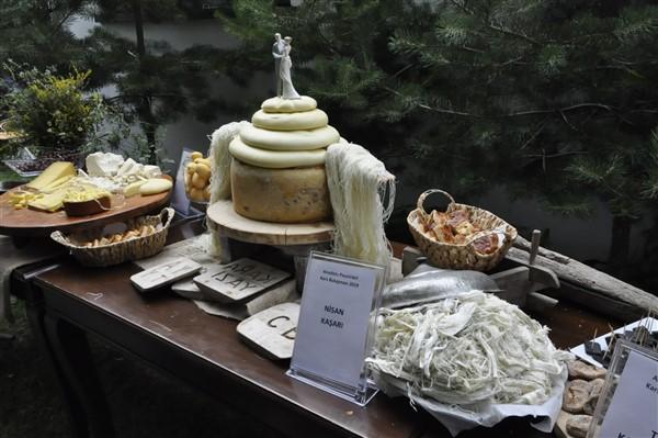 anadolu-peynirleri-kars'ta-bulusuyor-(20).jpg
