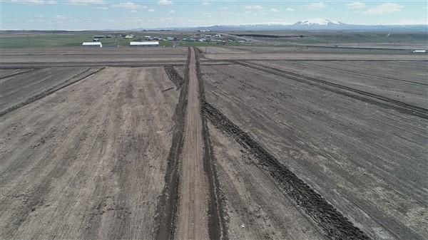 arazi-toplulastirma-calismalari-tum-hiziyla-devam-ediyor-(2).jpg