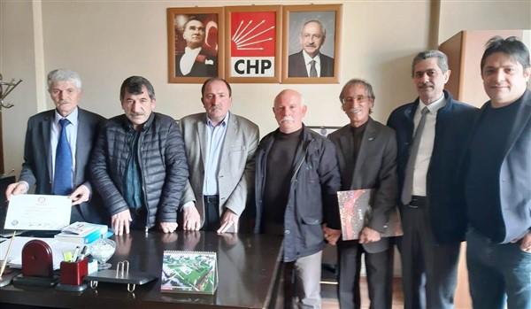 chp-kars-belediye-meclis-uyeleri-mazbatalarini-aldi-(2).jpg