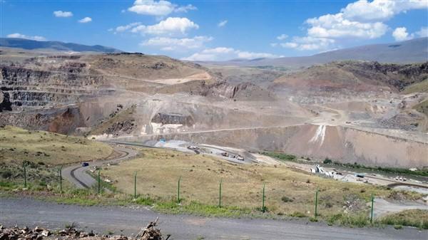 karakurt-baraji,-yilsonunda-su-tutmaya-baslayacak-(29).jpg