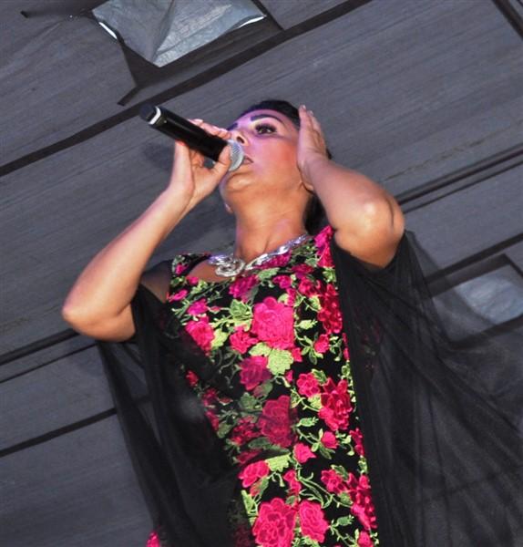 kars'ta-saganak-yagmur-altinda-festival-coskusu--(37).jpg