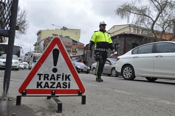 kars'ta-trafik-haftasi-(10).jpg