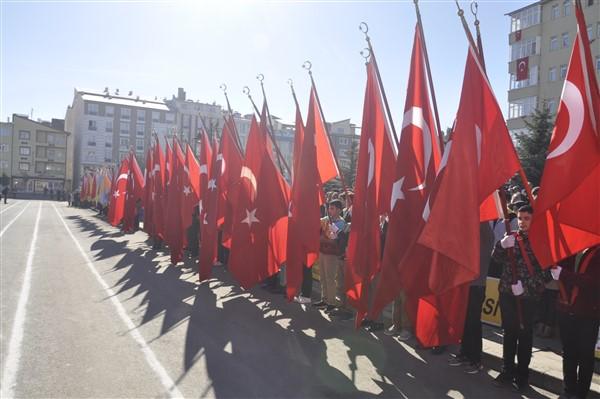 karsta-cumhuriyet-coskusu-yasandi-(3)_renamed_6629.jpg