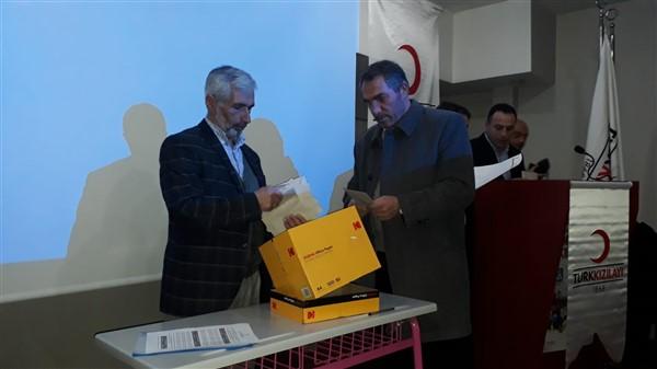 turk-kizilayi-kars-sube-baskanligina-siddik-demir-secildi-(2).jpg