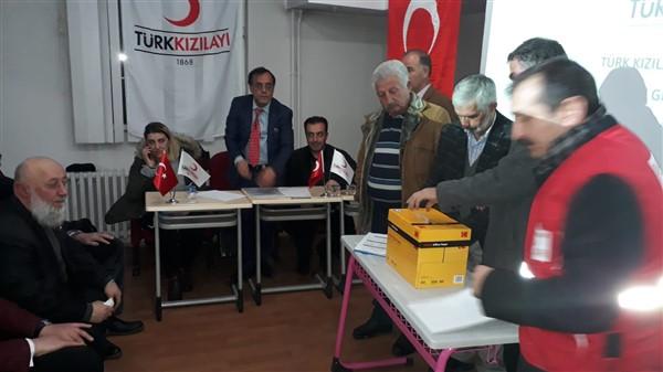 turk-kizilayi-kars-sube-baskanligina-siddik-demir-secildi-(3).jpg