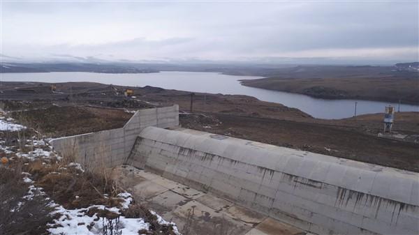 vali-oksuz-kars-baraji,-her-yil-92-milyon-tl-gelir-saglayacak-(1).jpg