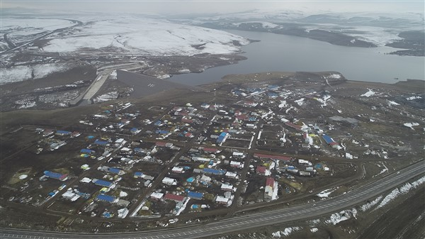 vali-oksuz-kars-baraji,-her-yil-92-milyon-tl-gelir-saglayacak-(4)_renamed_16087-001.jpg